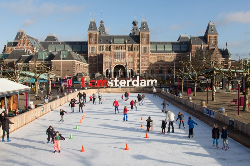Ice skating at Museumplein